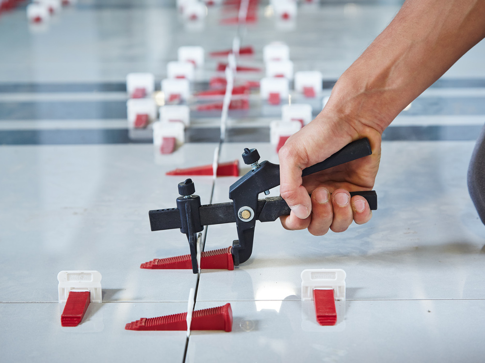 T lock perfect level master tile leveling system for Level master